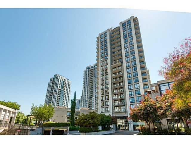 One bedroom with  private en-suite. - Coquitlam - Apartamento
