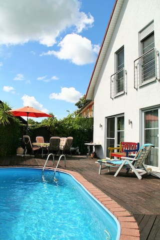 Wellness Oase mit Swimming Pool - Landsberg am Lech - Maison