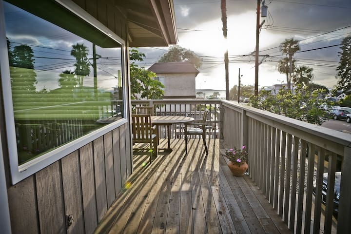 Wrap around balcony with dining and ocean views