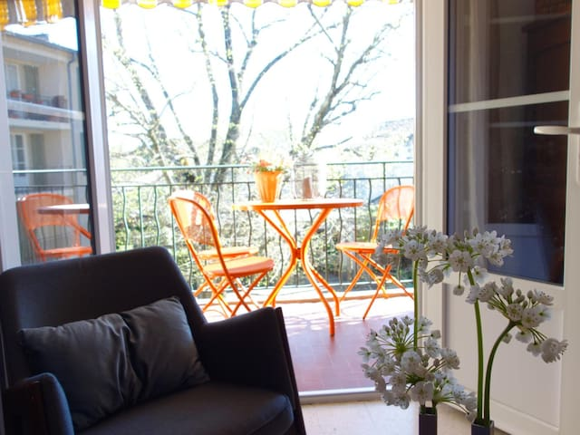 Apartment in the heart of Uzès with secure parking