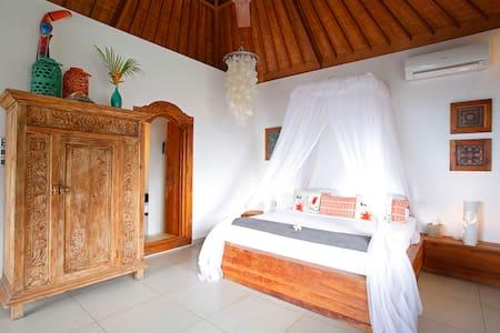 PERFECT LOCATION VILLA RAMA LEMBONGAN ISLAND 1 bed