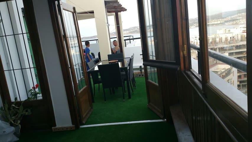 Sur les toits de tanger vue unique - Tangier