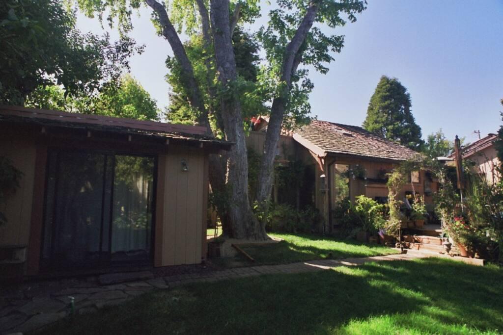 My house & garden deck