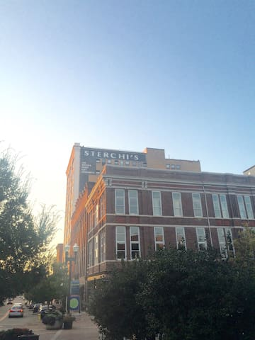 3BR Downtown Knoxville Loft