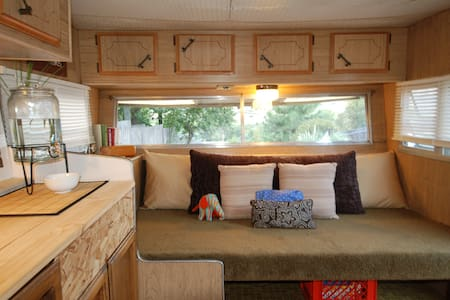 Cozy camping close to town - Ashland - Campingvogn