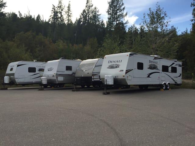 Okanagan RV Rentals - Enderby - Camper/RV