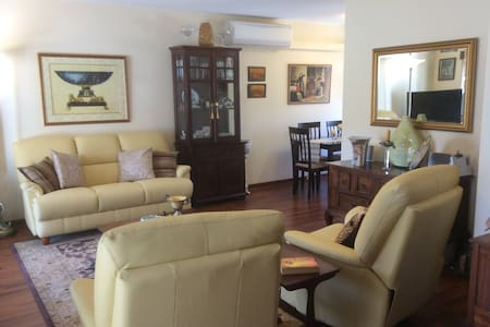 Style and comfort close to Perth - Yokine