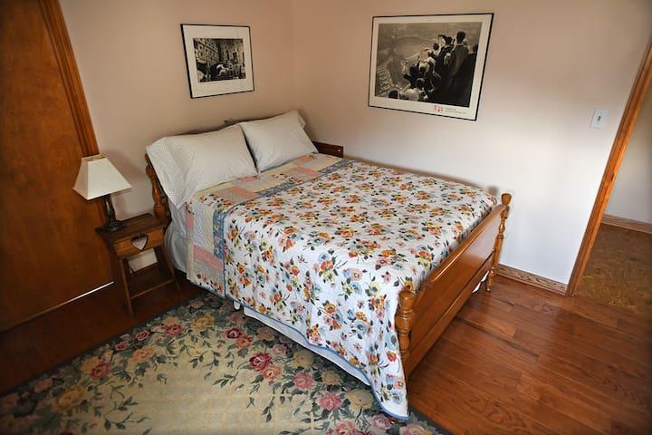Cozy 1 bedroom in Regent Square
