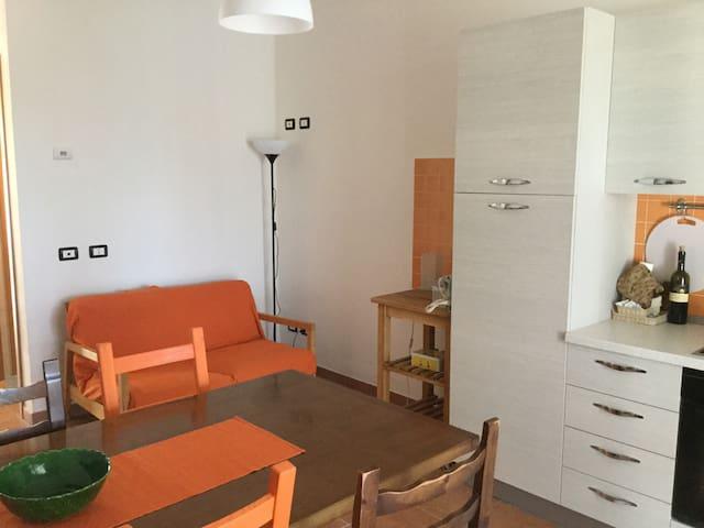 Appartamento vista mare e castello - Fosdinovo - Haus