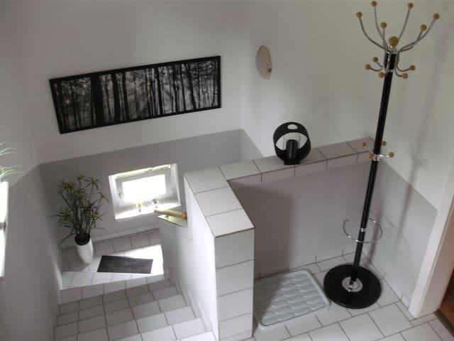 Gemütliche Wohnung nah bei Köln - Wermelskirchen - Apartment