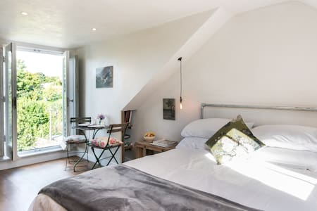 5 mins from station & town centre - Lewes - Bed & Breakfast