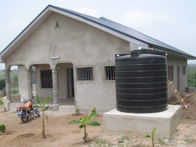 New bedroom for stay in Ghana - Nswam - Haus