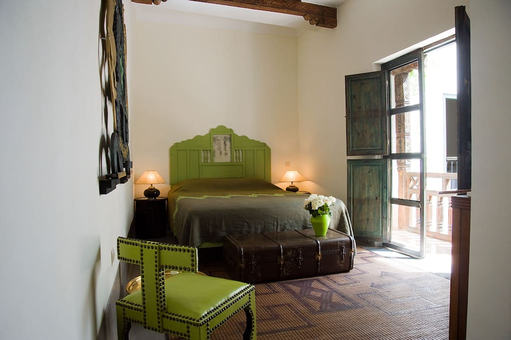 Riad le j chambre poivre bed and breakfasts en for Casa coloniale francese