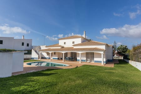 Private Villa in Aldeia do Golfe - Quarteira