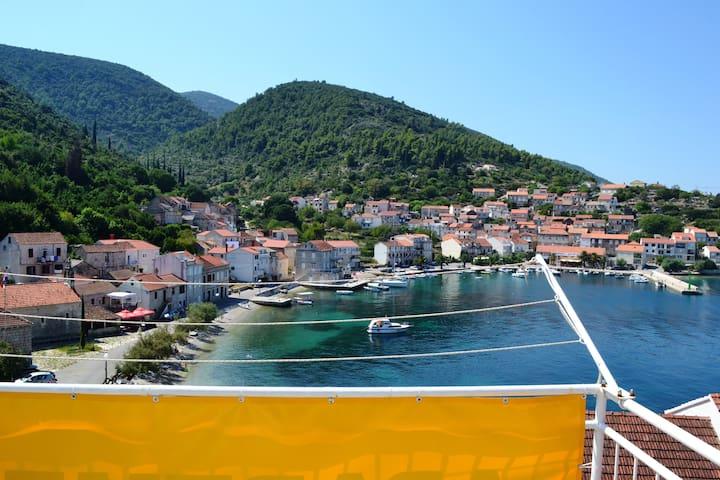 Račišće  Korčula Island Apartment - Račišće - Apartamento