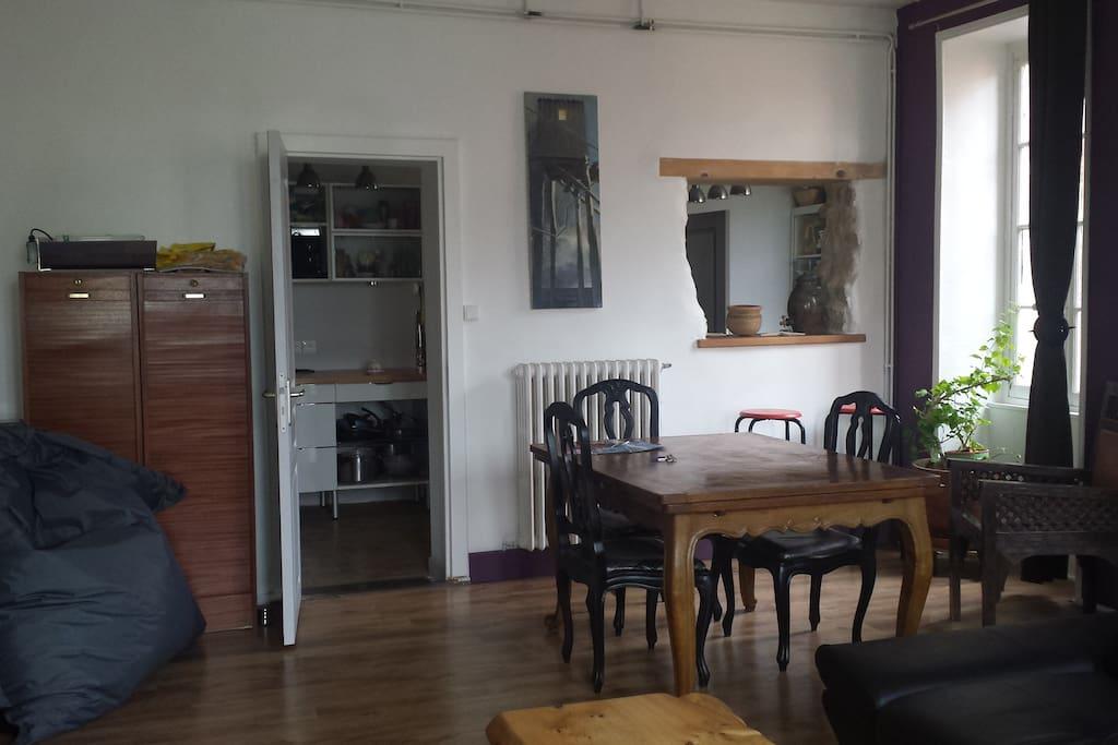 appartement centre ville historique appartements louer. Black Bedroom Furniture Sets. Home Design Ideas