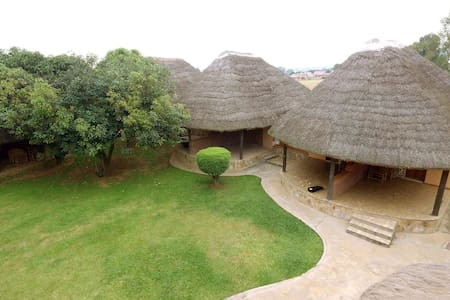 Secrets Chalet One (Entebbe) - Entebbe - Penzion (B&B)