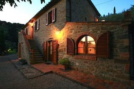 Villa Calcinaio with private pool - Cortona