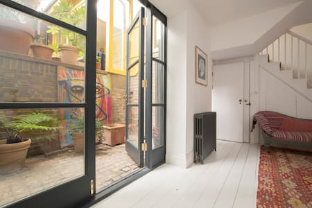 Design flat in heart of Dalston - Londýn - Byt