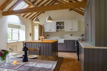 Luxury Barn - Romantic Retreat - Nr Stamford