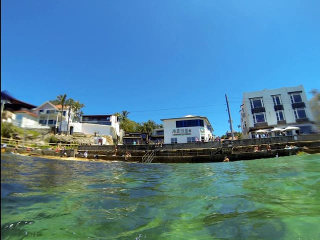 Apartment on water's edge - Manly - Apartamento