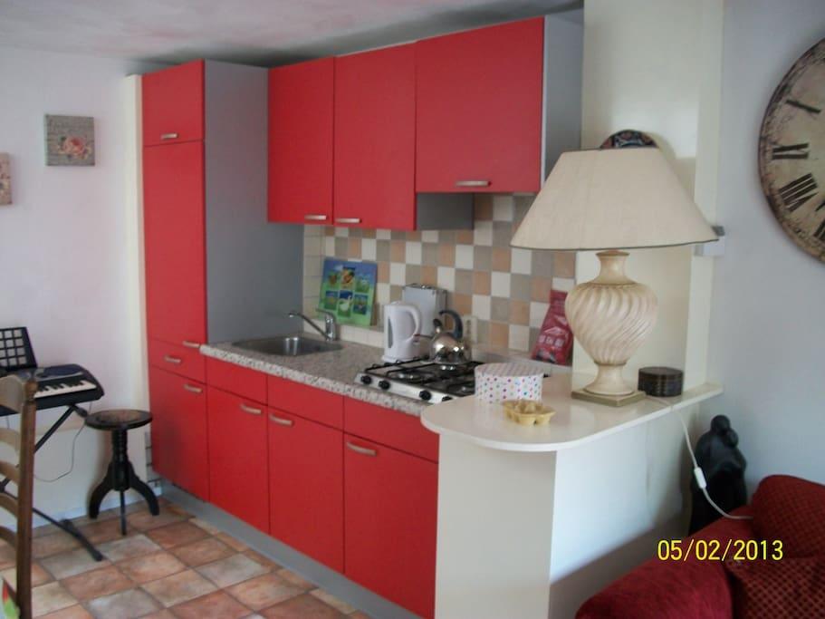 Keukenhoek in ruimte 1