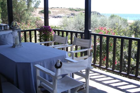 Dafni's beachfront house - Halkidiki