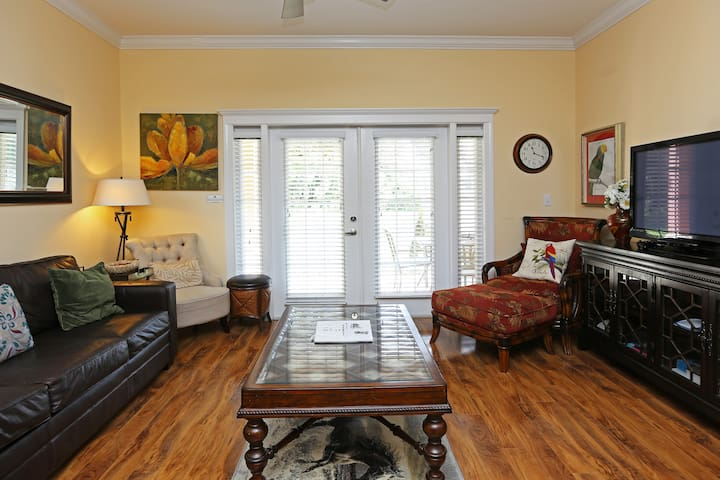 Heritage Haven in The Summer 3BR Reunion Condo - Kissimmee - Byt