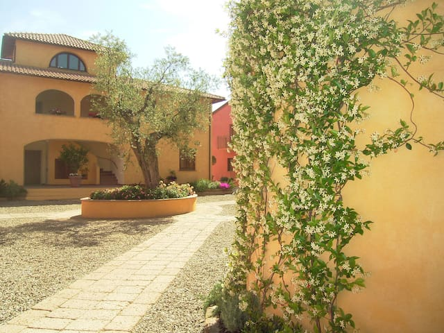 2 Level Apartment in Maremma Town - Talamone