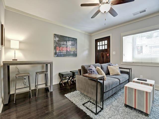 Atlanta / Kirkwood 2 BR Apartment