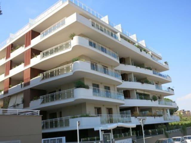 Roma eur in palazzina signorile - Rzym - Apartament