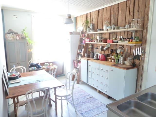 43m2 lovely apartment in a wooden house - Helsinki - Wohnung
