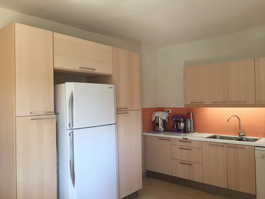 Roomy garden apartment apartments for rent in jerusalem for What does it mean to have a kosher kitchen