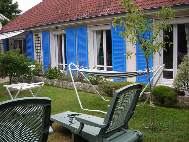 Maison au calme en bordure des bois - Limeil-Brévannes