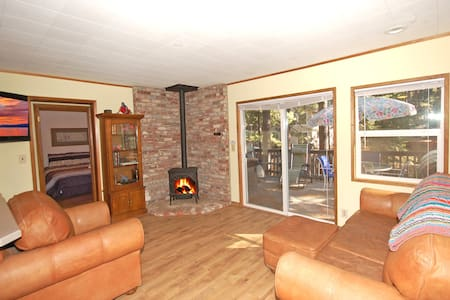 Little Big Lodge - Tahoe Romance