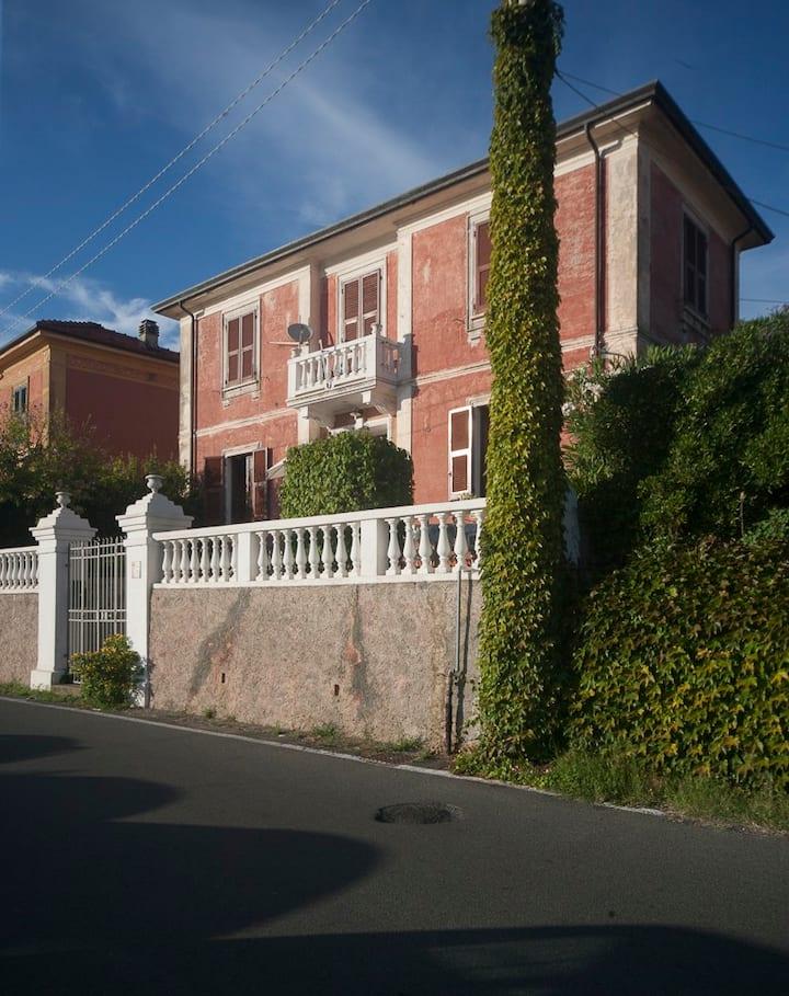 Old House on the Golfo dei Poeti
