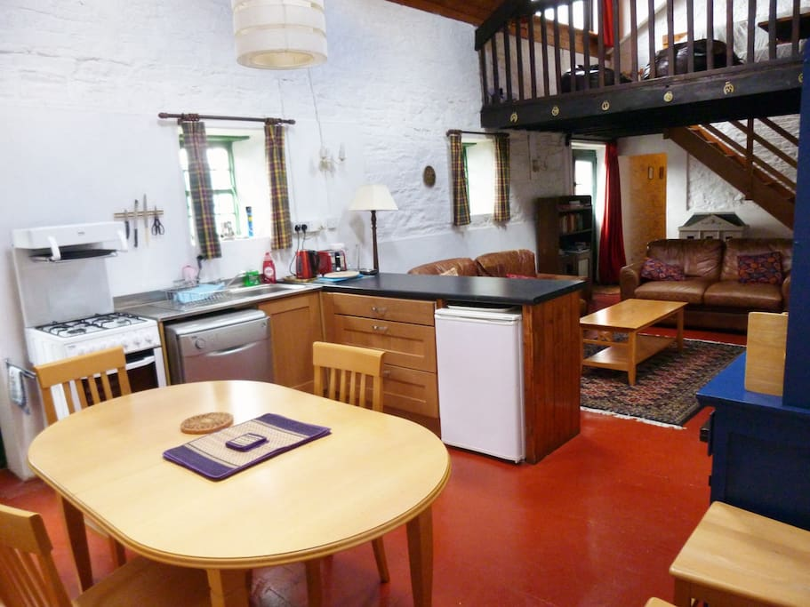 New kitchen fitted in 2015.