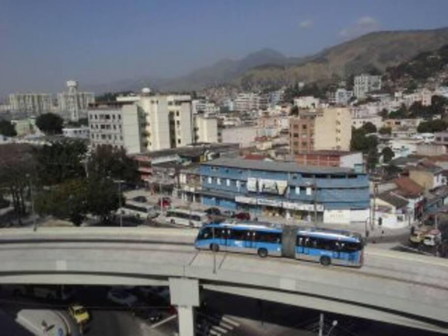 BRT para o aeroporto Galeão. Zona Norte, Trem,  Maracanã, Madureira.