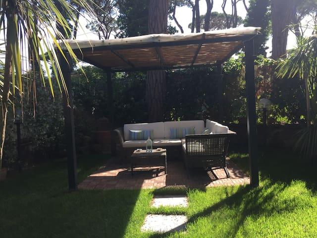 FREGENE casa  con giardino - Fregenae - Wohnung