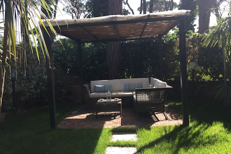 FREGENE casa  con giardino - Fregenae