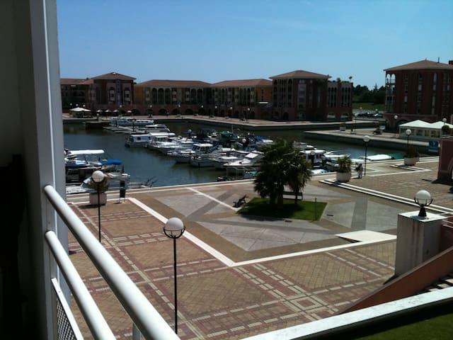Appartement quartier Port Ariane