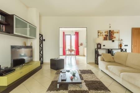 Confortevole appartamento - Apartment