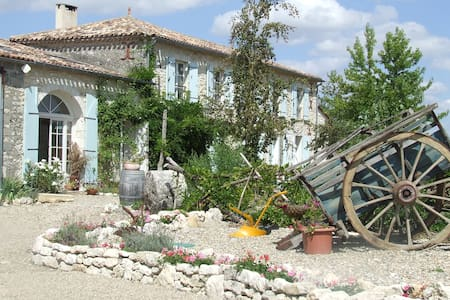 Beautiful farmhouse near Duras! - St Sernin DE DURAS