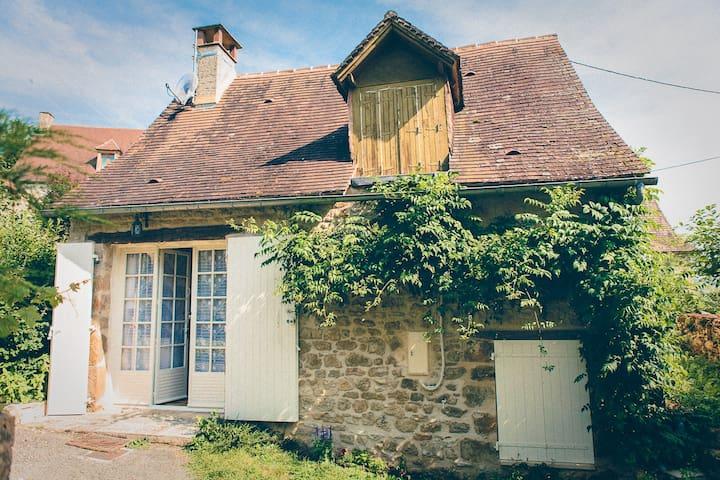 Gite rural en Périgord Sarladais - Thenon - House