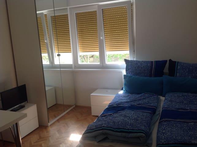Studio Rijeka, im Stadtteil Krimeja