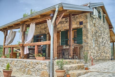 Stone house Vlasta/ active vacation/bikers welcome
