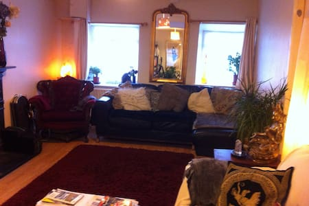 Cosy Self-catering at the Lodge (2)