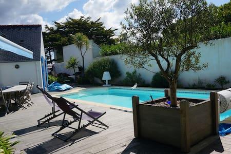 maison bord de mer avec piscine - Penmarch - Hus