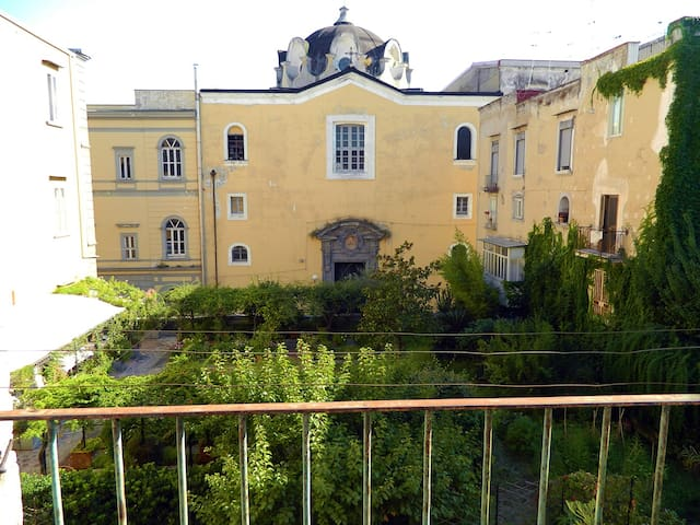 large  apartment in the city Centre - Napoli