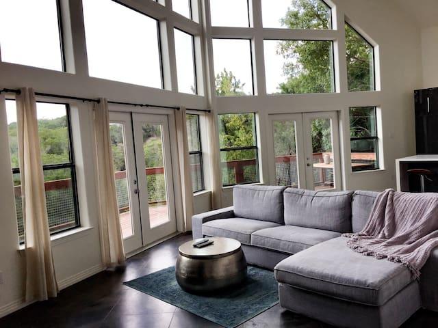 Modern home, Beautiful Canyon Views - Austin - House